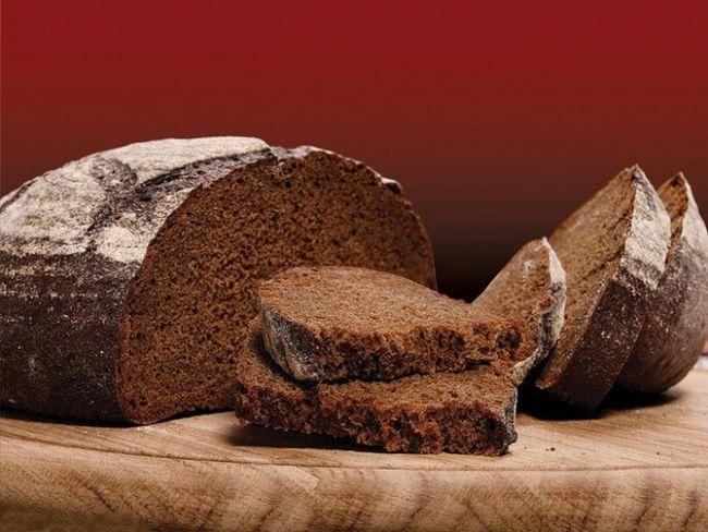 Чем полезен черный хлеб