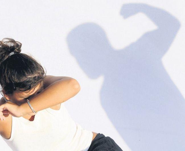Чрезмерная мужская ревность приводит к рукоприкладству