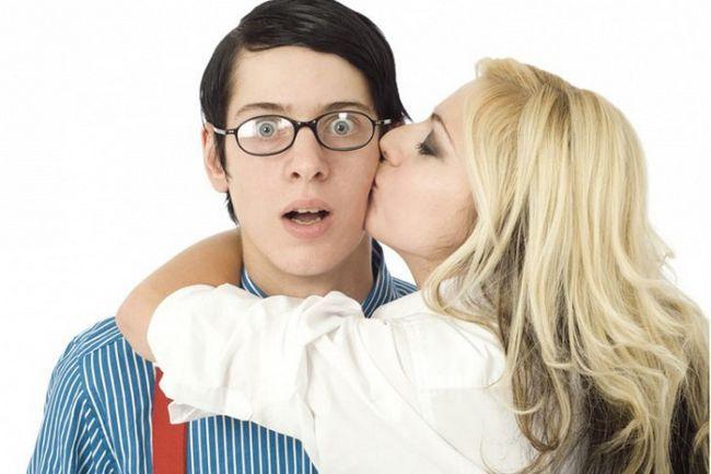 К чему снится поцелуй со знакомым мужчиной