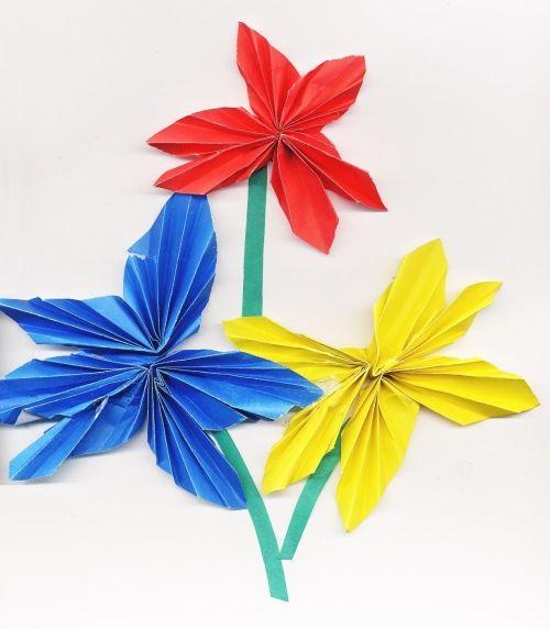 Как делается бумага с цветами