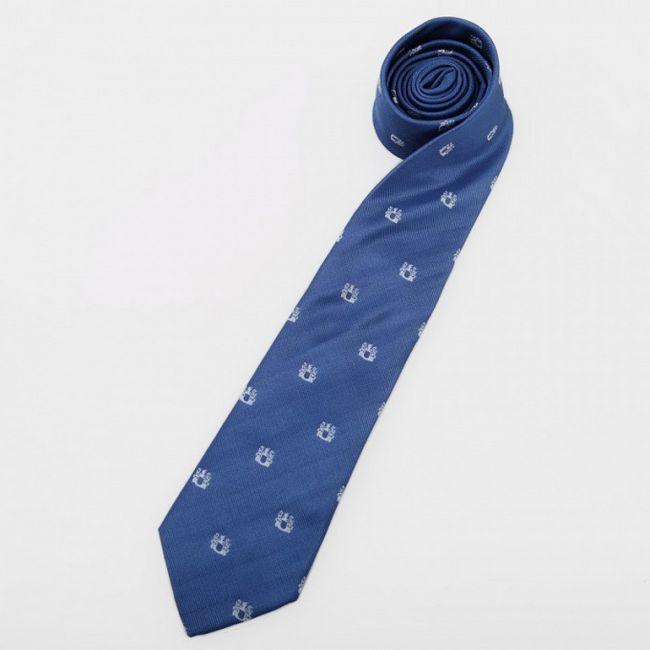 Как хранить галстук