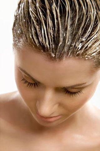 Как наносить маски для волос