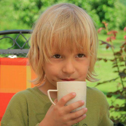 Как научить ребенка быстро есть