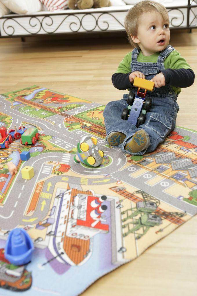 Как научить ребёнка играть