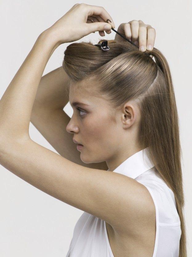 Каждая женщина должна уметь создавать из своих волосы привлекательные прически
