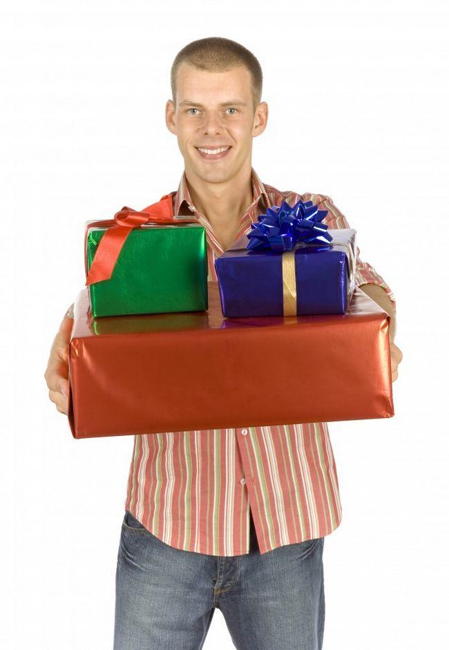 Как научиться получать подарки от мужчин