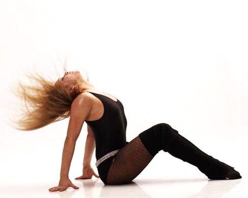 Как научиться танцевать стриптиз