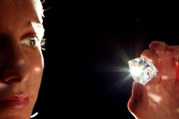 Как определить карат бриллианта