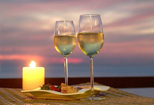 Как организовать романтический вечер дома