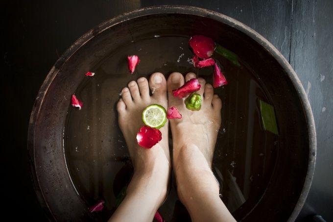 Как парить ноги детям