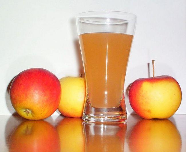 Как приготовить домашний яблочный сок