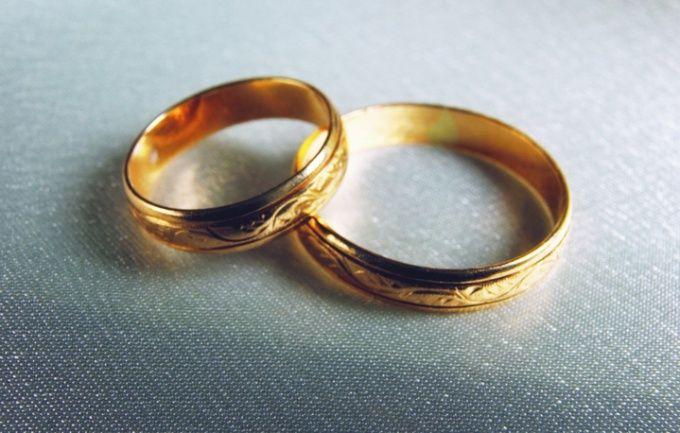 Как провести золотую свадьбу самому