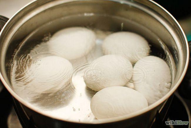 Как разукрасить пасхальные яйца