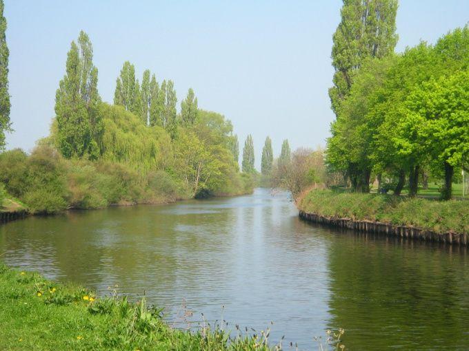 Как решить задачу на скорость реки