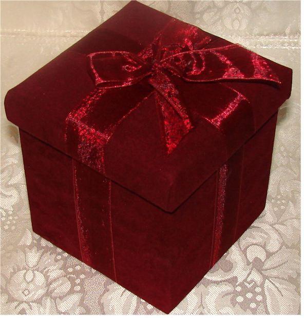 Как сделать подарок бабушке