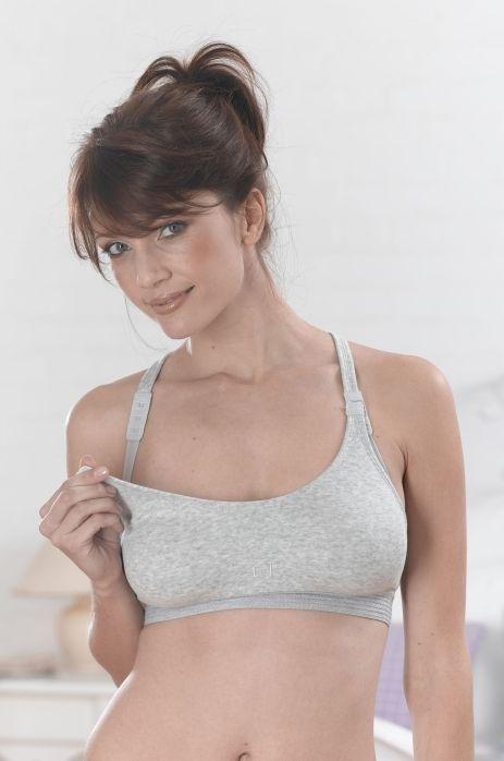 Как сделать растяжки на груди менее заметными