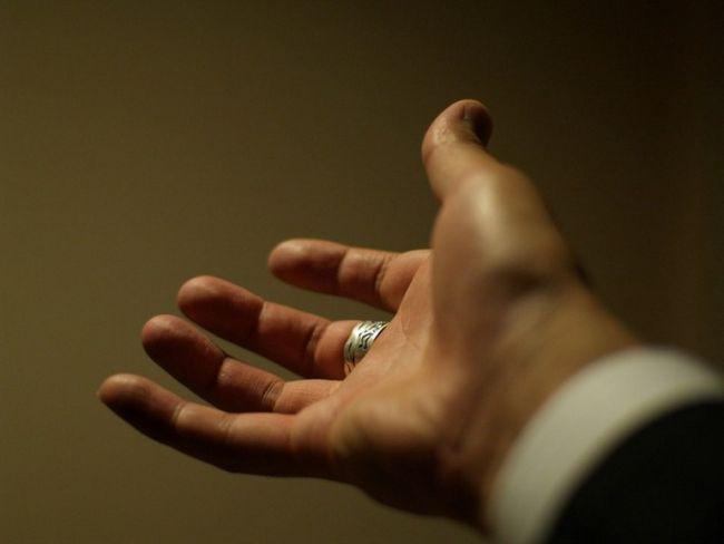 Как снять кольцо с руки