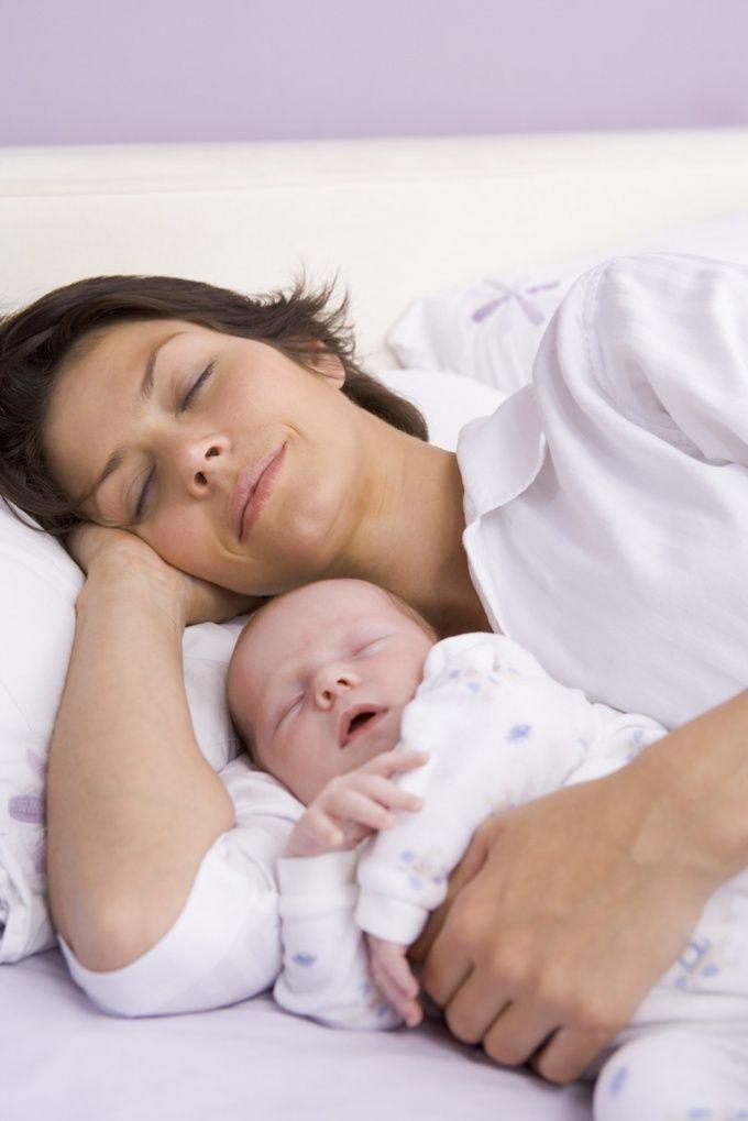 Как укладывать спать без укачиваний