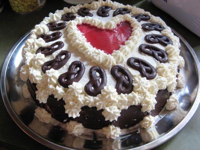 Как украсить торт самим
