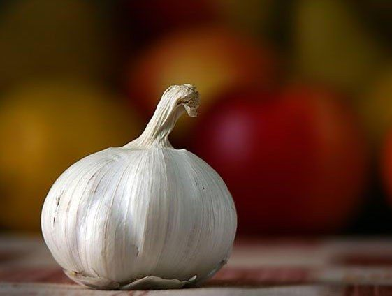 Как устранить запах чеснока