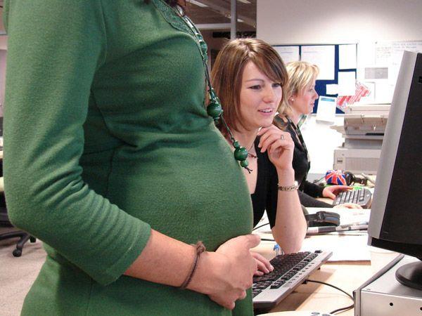 Как встать на биржу беременным
