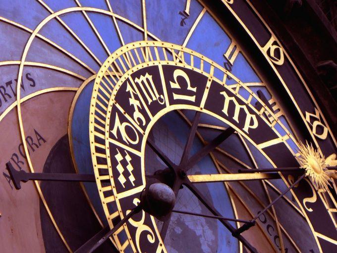 Как выбрать профессию по знакам зодиака