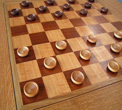 Как выигрывать в шашки