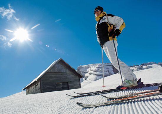 Как хранить лыжи