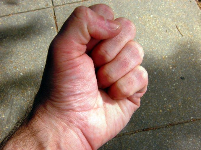 Как накачать кисти рук