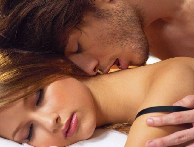 Как нежно поцеловать