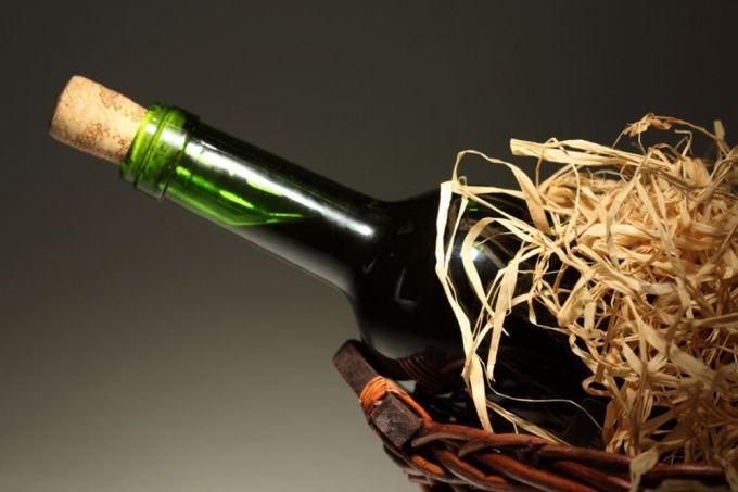 Как открыть бутылку вина