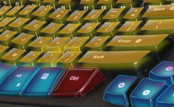Больше всего засорению подвергаются клавиатура и мышь
