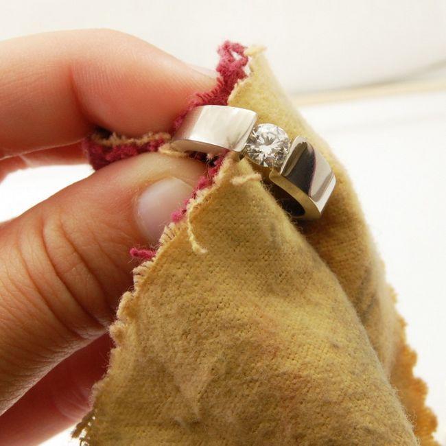 Как почистить золото и бриллианты