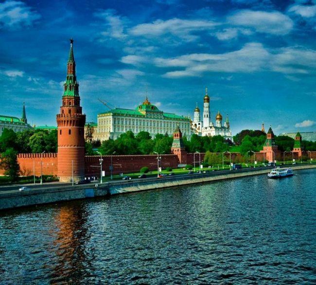 Что такое романтическая экскурсия по Москве