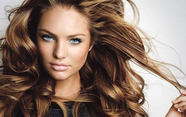 Как придать длинным волосам объем