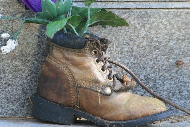 Как убрать запах из ботинок