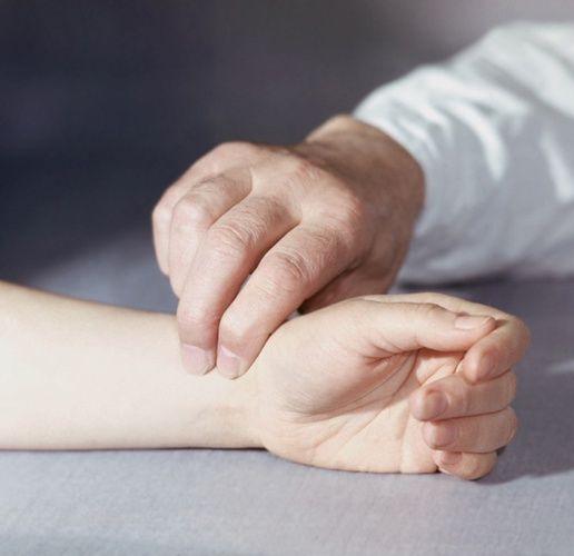 Как успокоить сердцебиение
