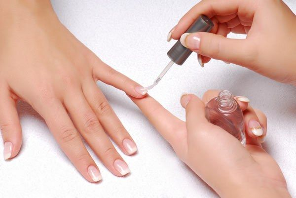Как быстро высушить лак для ногтей