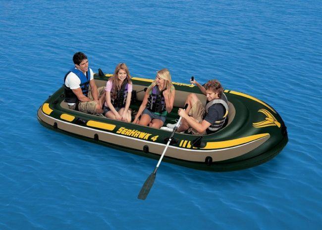 Как заклеить лодку из пвх